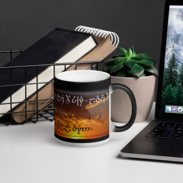 emotion-cup1_mockup_Office_Lifestyle_Black